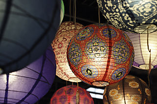 Patterned_lanterns