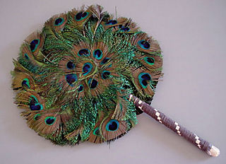 Peacock_round_fan17059_morningglory