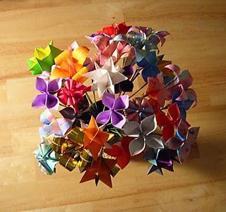 Origami_flowers_top[1]
