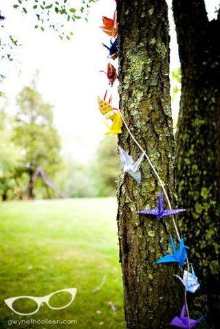 Cranes-ceremony-tree-decor[1]