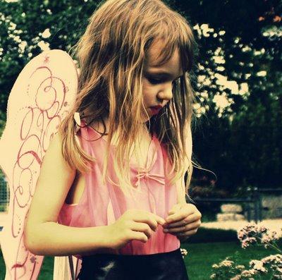 Little_Flowers__by_Nirelleth[1]_coresdoaquario_blogsopt_28th dec08