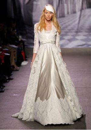 Monique-Lhuillier-fall2010-bridal8[1]